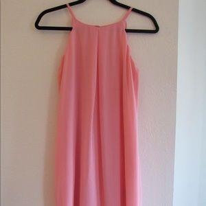 Adorable pink dress!